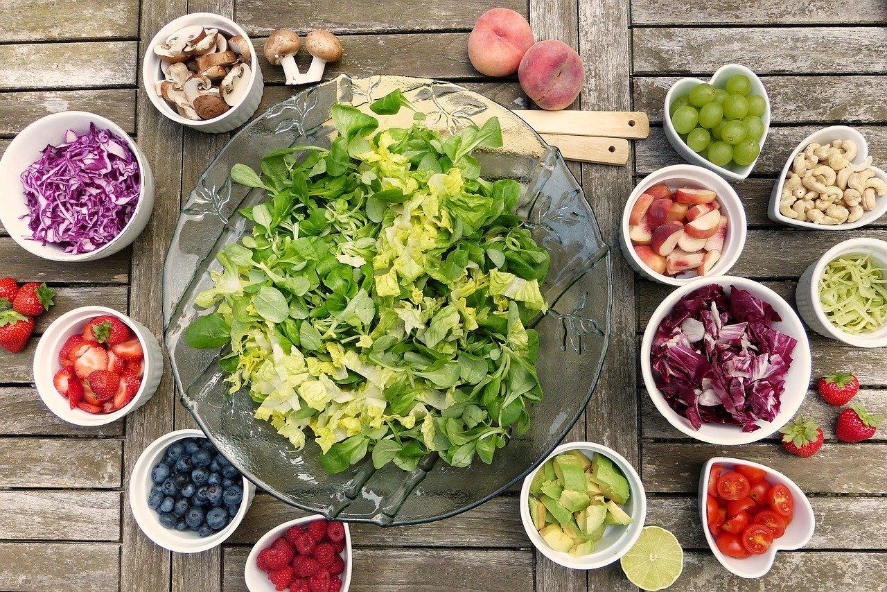Czy da się obniżyć cholesterol tylko samą dietą?