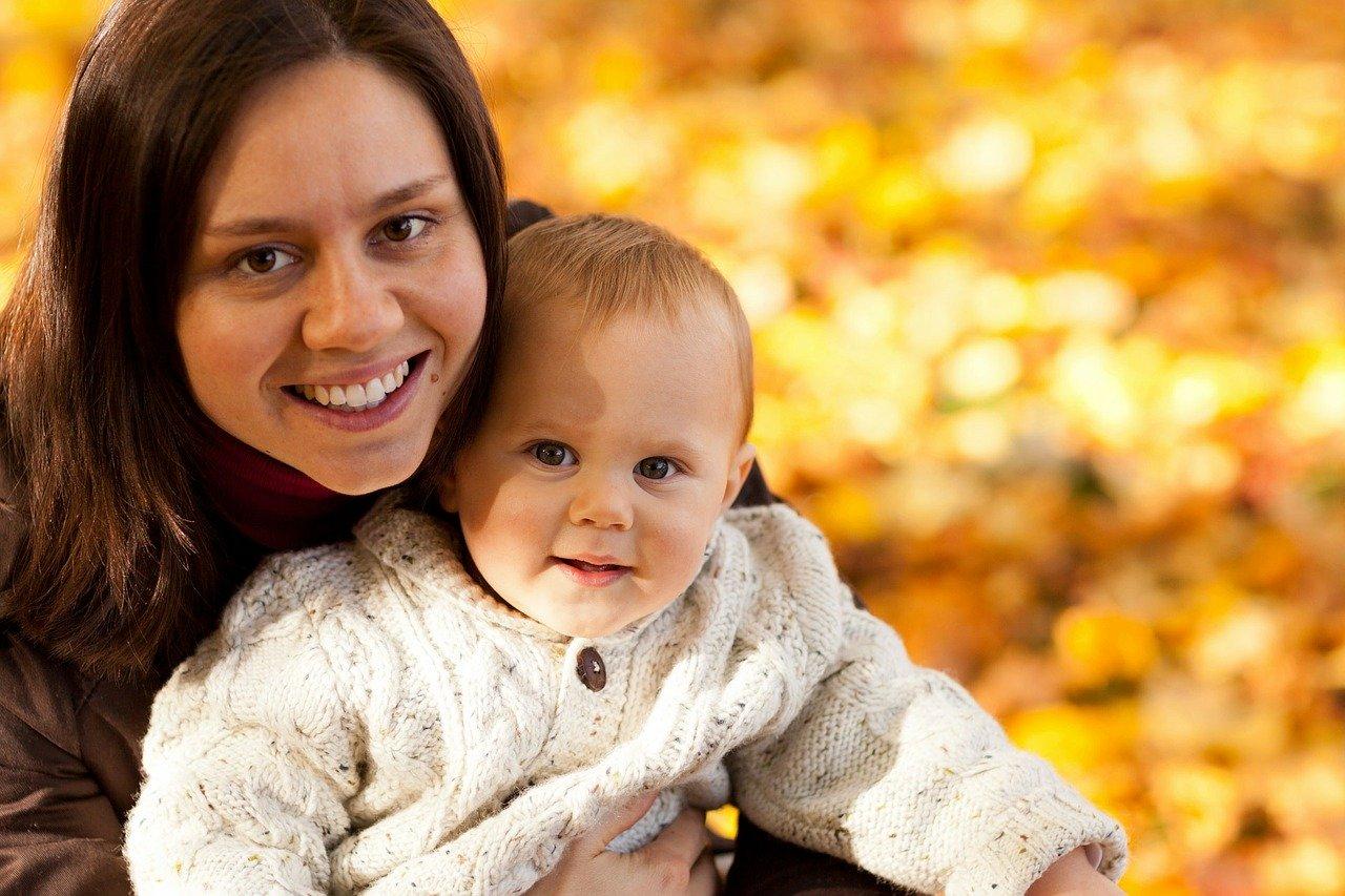 Pracująca mama – jak pogodzić obie role w życiu?