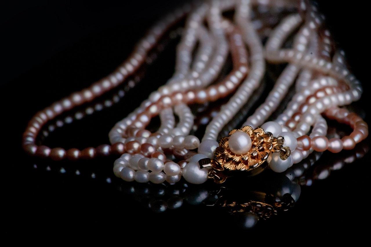 Sprawdzone sposoby na przechowywanie biżuterii!