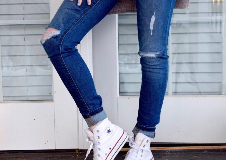 Wygodne spodnie damskie plus size. Jaki fason i materiał wybrać?
